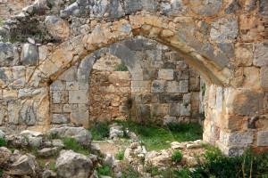 depositphotos_5072349-Ruins-of-Montfort-castle-Israel